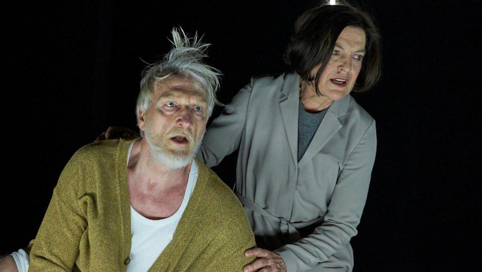 Angela Winkler, Ernst Stötzner in »Peer Gynt« © Matthias Horn