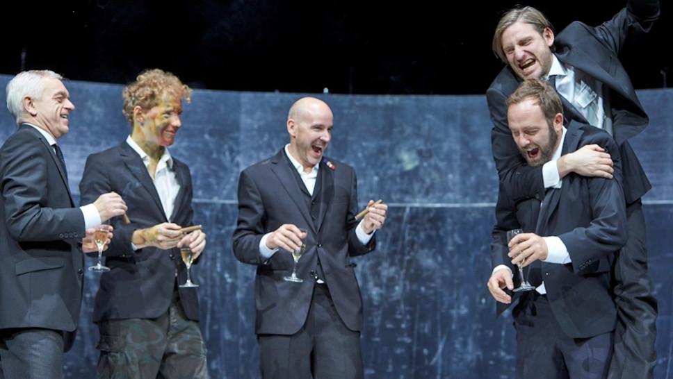 Michael Weber, Jakob Immervoll, Paul Herwig, Samuel Weiss, Jonas Hien in »Die Jungfrau von Orleans« © Matthias Horn