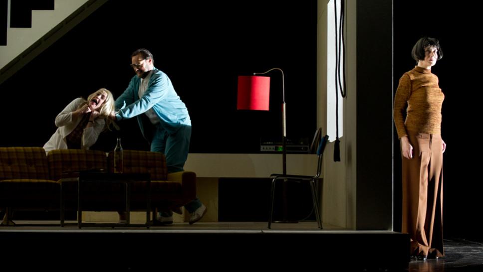 Karoline Bär, Markus John, Anja Laïs in »Die Physiker« © Sandra Then