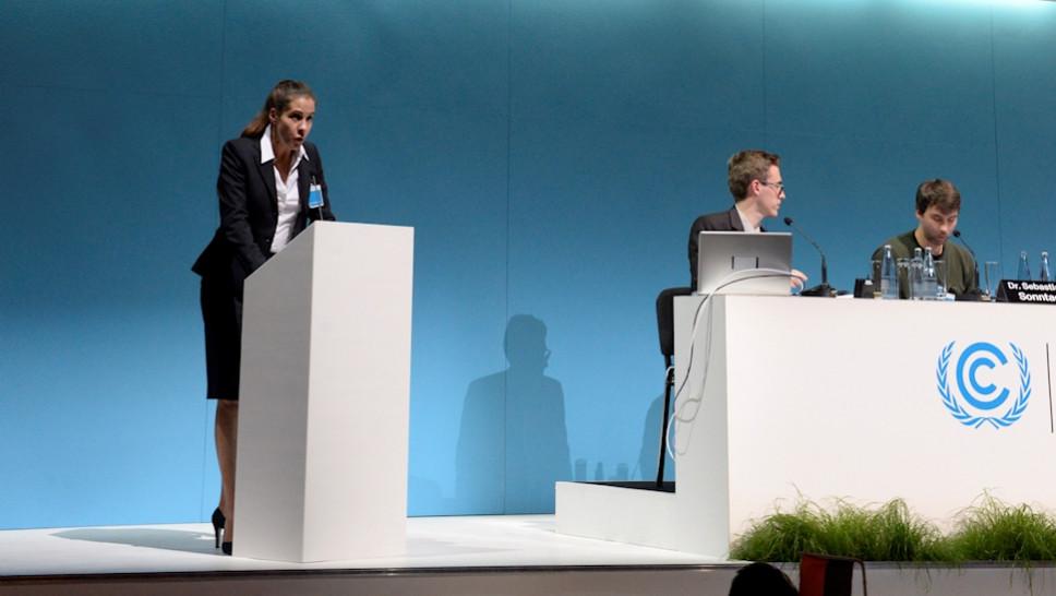 Welt-Kimakonferenz / Ute Hannig © Aysegül Suna