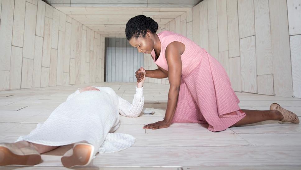 Szene aus »Maria Magdalena« mit Christine Ochsenhofer, Florence Adjidome © Sinje Hasheider