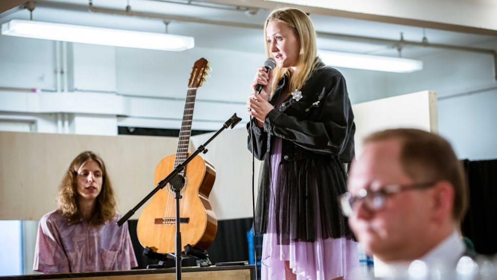 BACKSTAGE Festival: Irinas Geburtstag