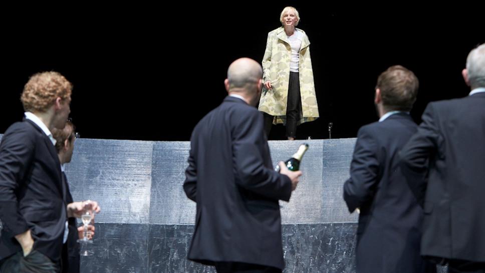 Jakob Immervoll, Jonas Hien, Paul Herwig, Anne Müller, Samuel Weiss, Michael Weber in »The Maid of Orleans« © Matthias Horn