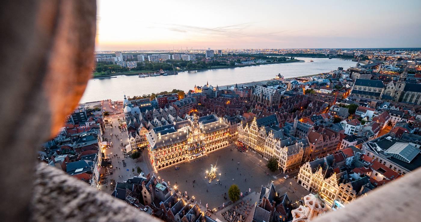 Antwerp: Grote Markt