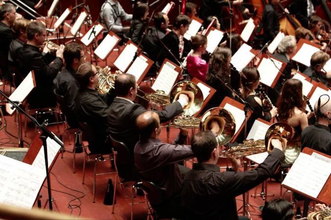 Ensemble Modern Orchestra