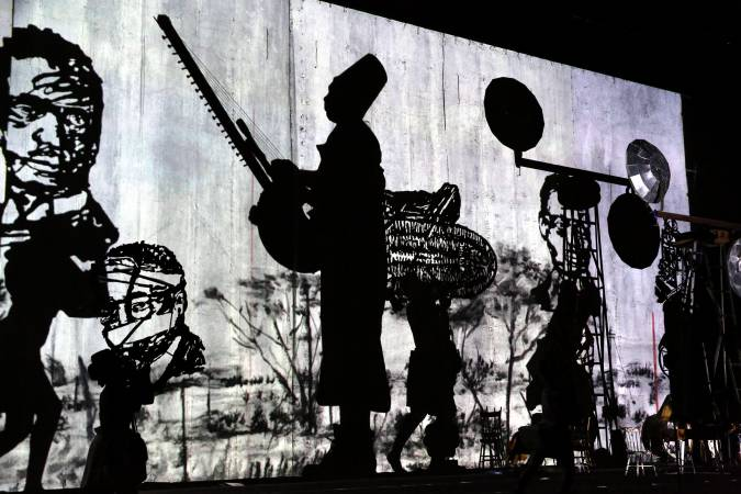 The Head and the Load / William Kentridge
