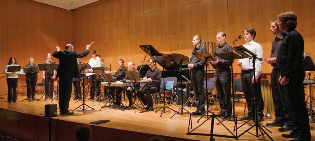 E-MEX-Ensemble und Kölner Vokalsolisten