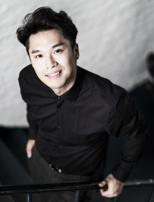Hyunhan Hwang