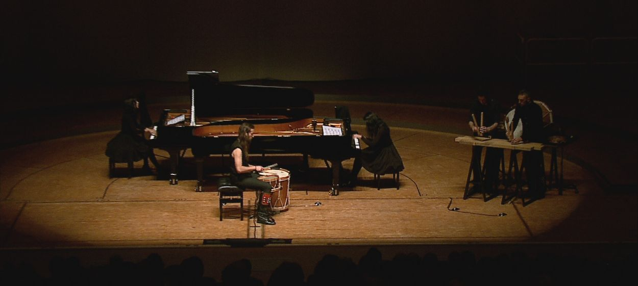 Katia and Marielle Labèque play Ravel