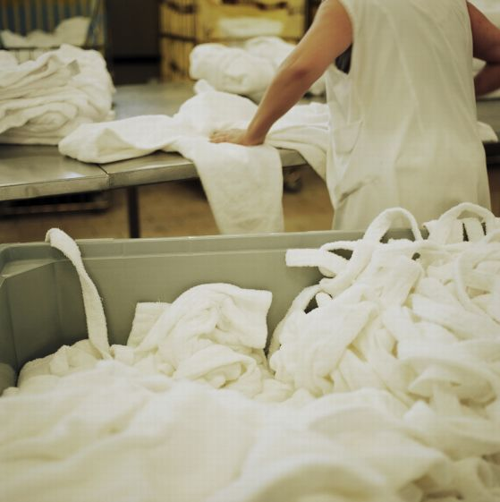 THE WOUNDEROUS WORLD OF LAUNDRY