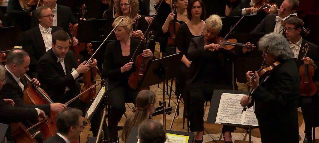 Midori spielt Brahms