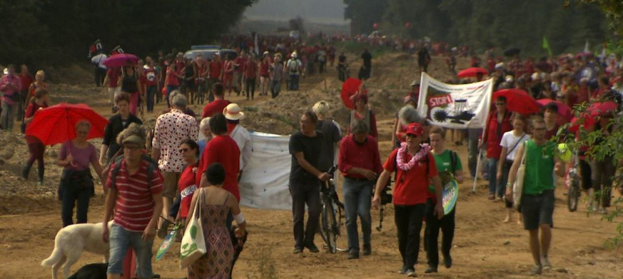 The Red Line – Resistance in Hambach Forest