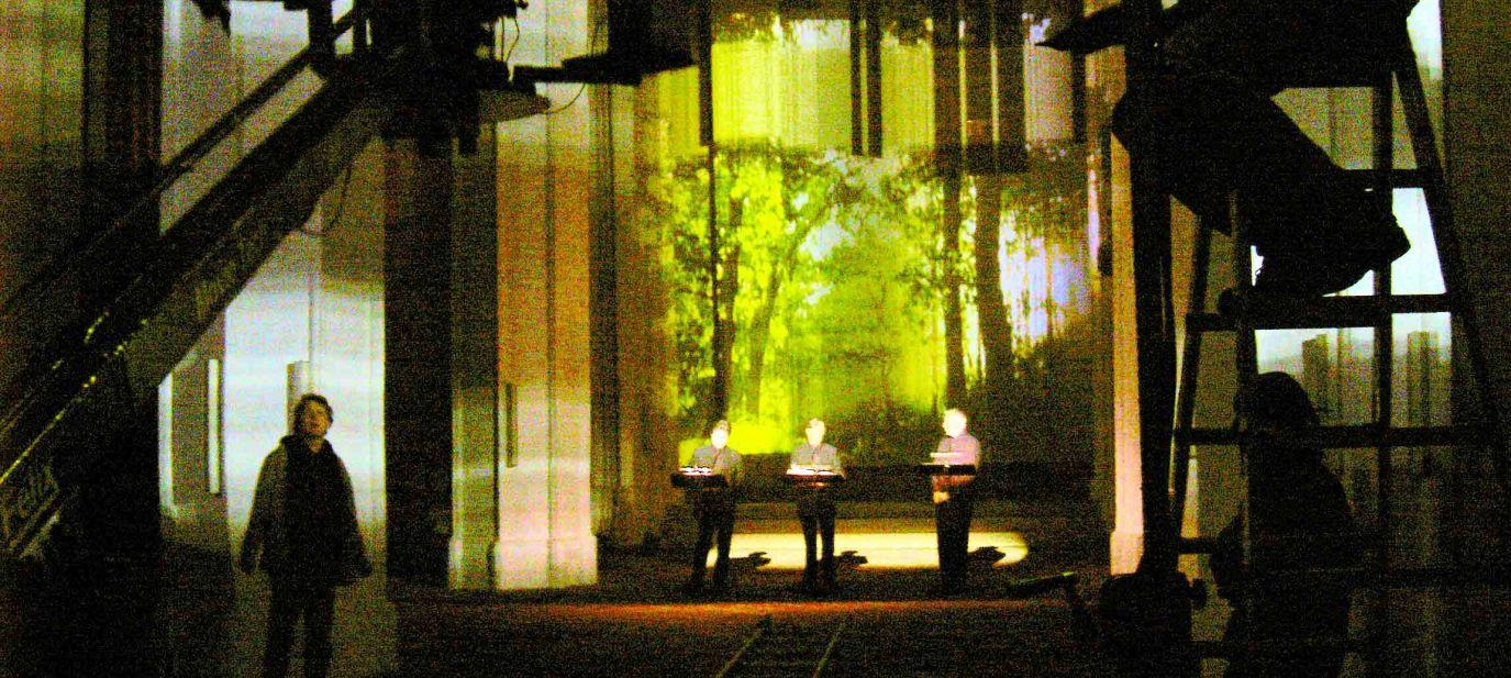 Dein Kuss von göttlicher Natur - Der ZEITgenosse Perotin