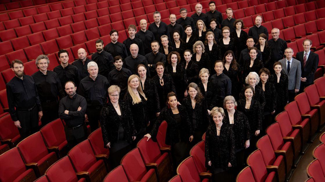 Chor der Deutschen Oper am Rhein © Andreas Endermann