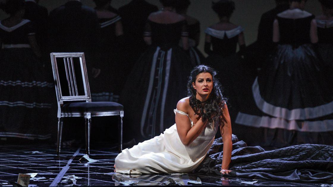 La traviata © Hans Jörg Michel