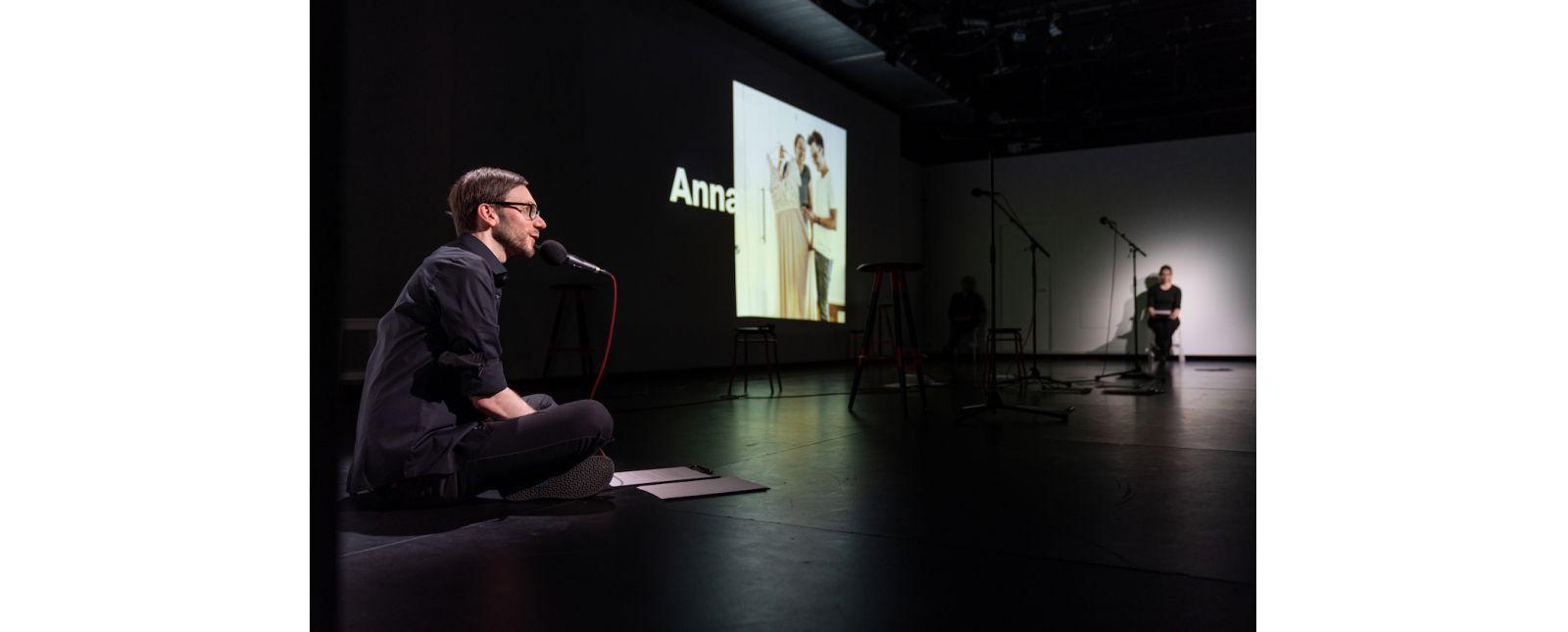 AUF KLINGEL // Michael Kaiser / Hannah Ganter // 2021 // Foto: Britt Schilling