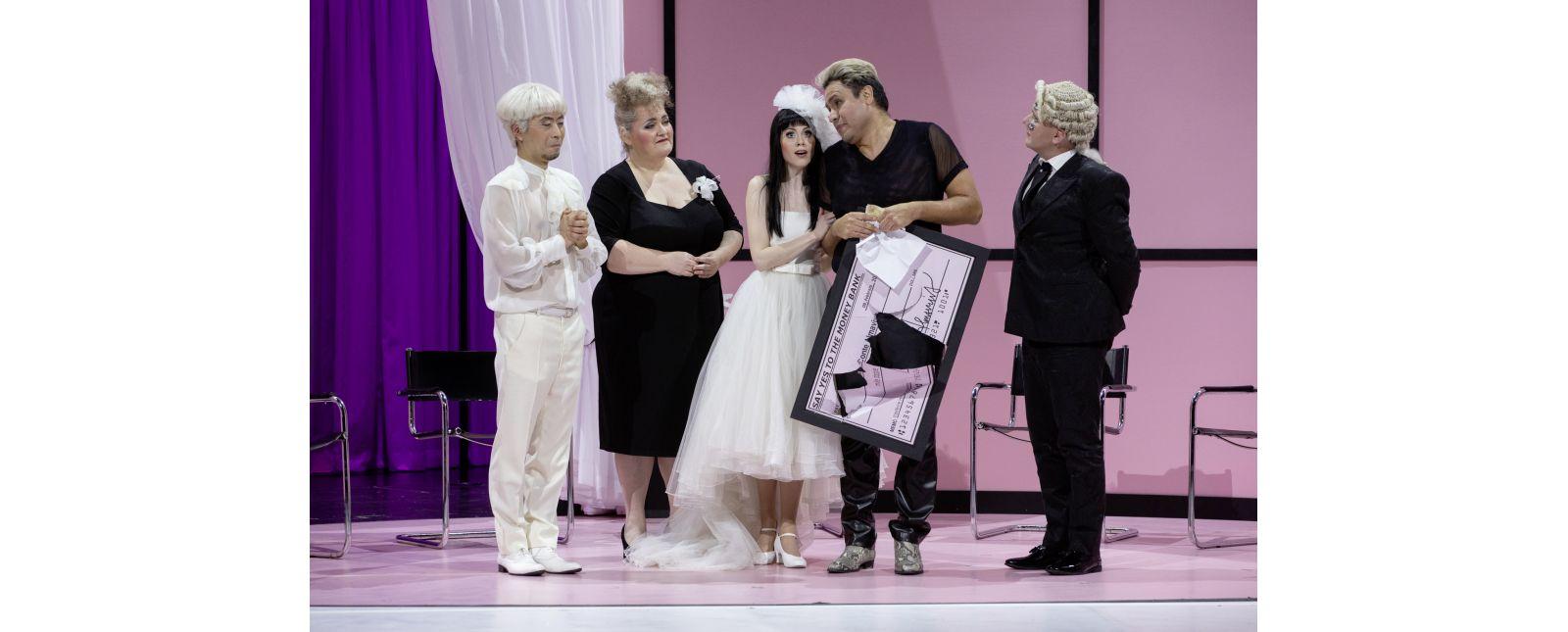 Die Hochzeit des Figaro // Jin Seok Lee / Anja Jung / Samantha Gaul / Juan Orozco / Lukáš Šimonov // 2020 // Rainer Muranyi