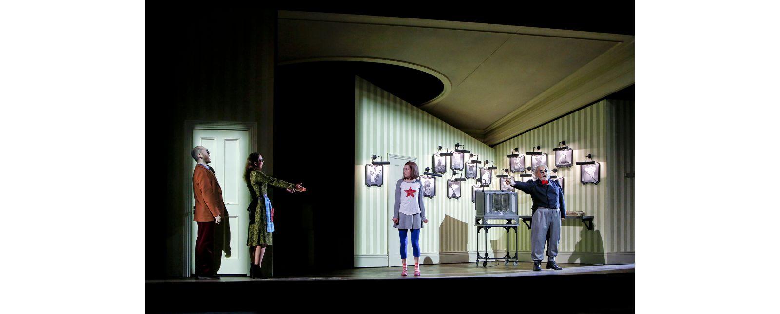 Coraline // John Carpenter // Inga Schäfer // Samantha Gaul // Roberto Gionfriddo // 2018 // Birgit Hupfeld