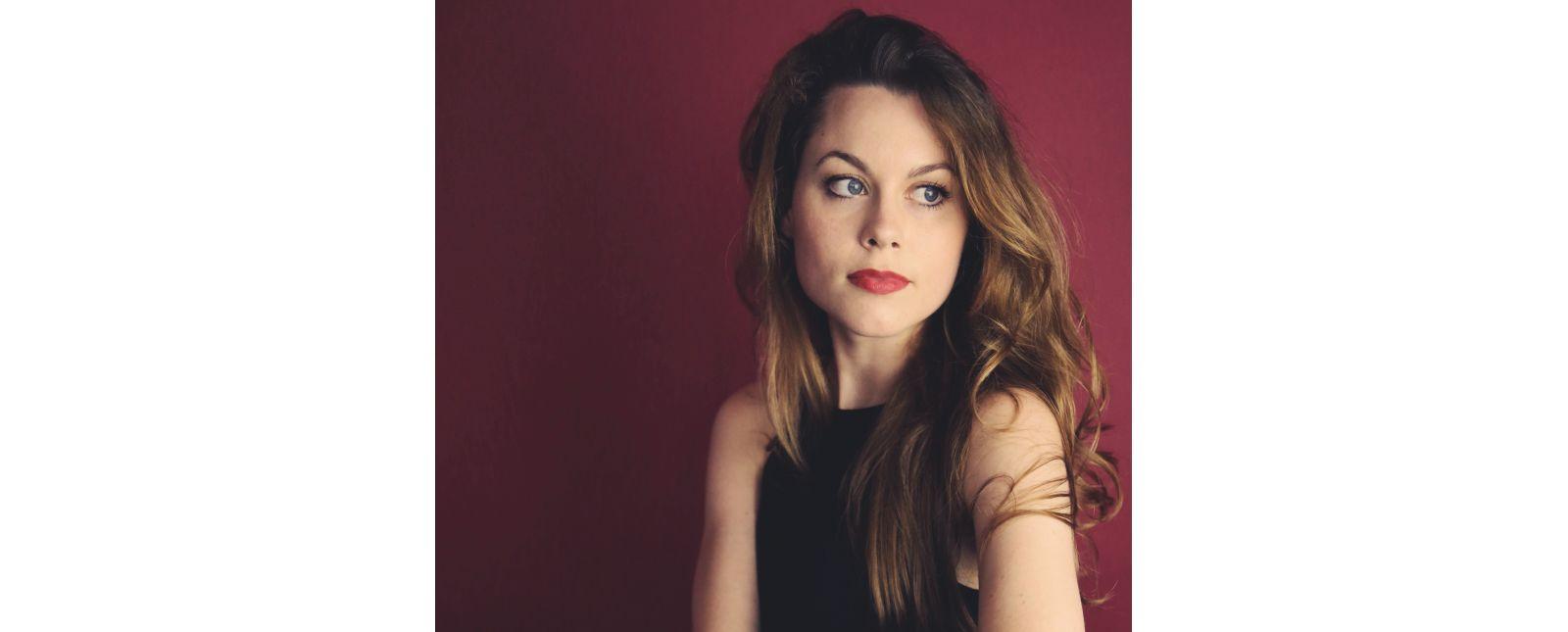 Samantha Gaul //  De-Da Productions / 2017