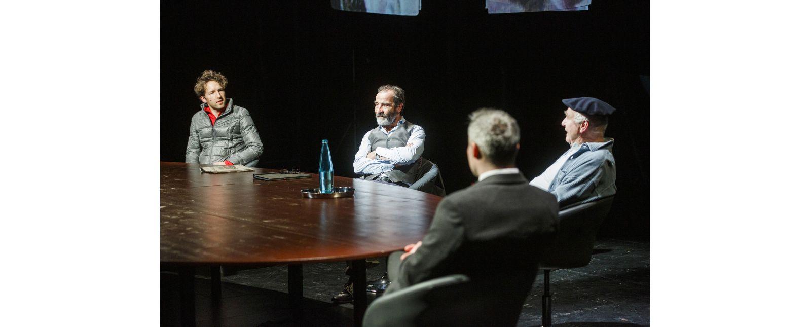 Die Seuche // Moritz Peschke / Henry Meyer / Hartmut Stanke / Tim Al-Windawe // Foto: Rainer Muranyi