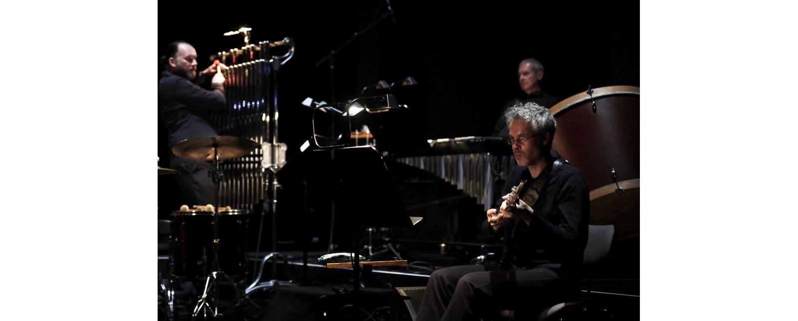 SCHAUINSLAND - The Misfortune of the English // John Eckhardt / Philharmonisches Orchester Freiburg // Foto: Paul Leclaire