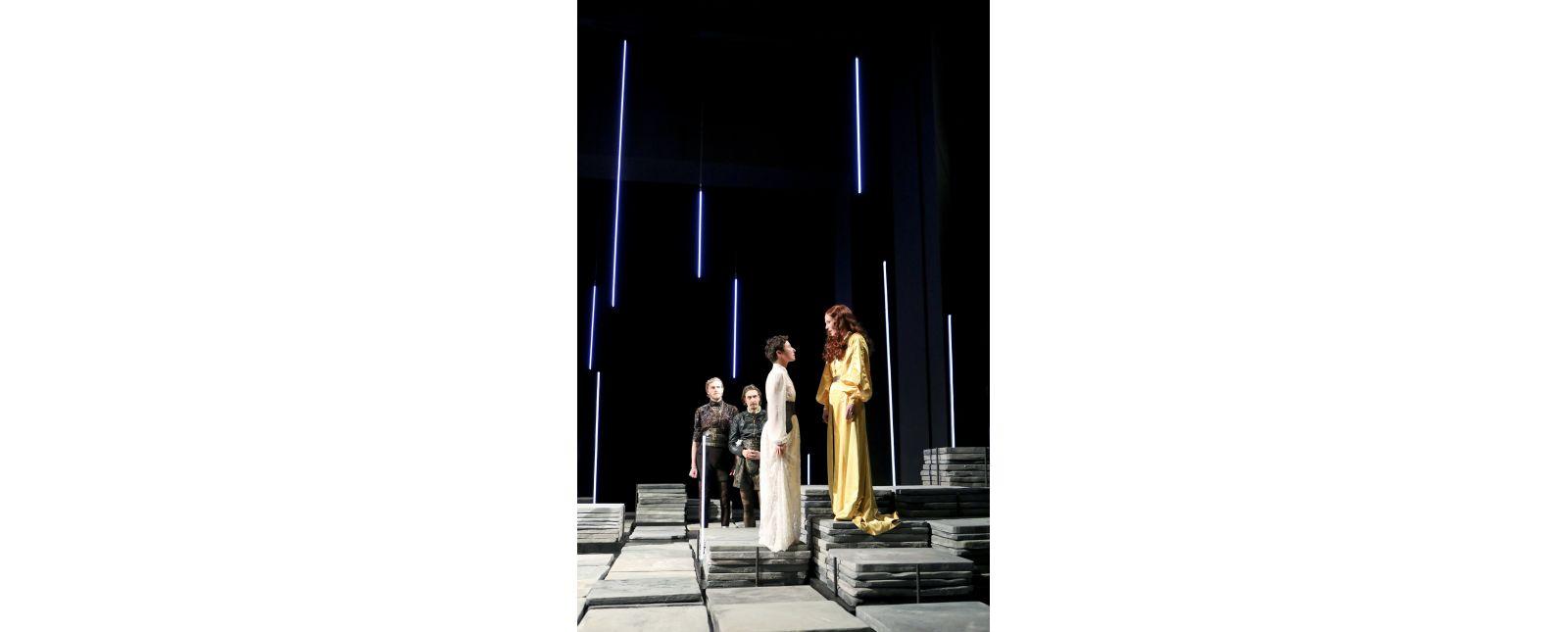 Maria Stuart // Thieß Brammer / Victor Calero / Elisabeth Kopp / Anja Schweitzer // 2020 // Birgit Hupfeld