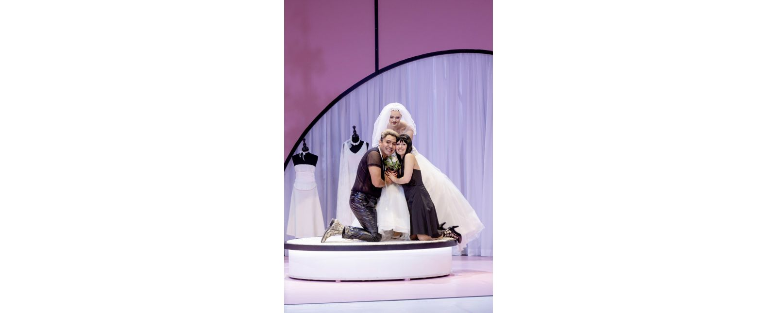 Die Hochzeit des Figaro // Juan Orozco / Katharina Ruckgaber / Statisterie // 2020 // Rainer Muranyi