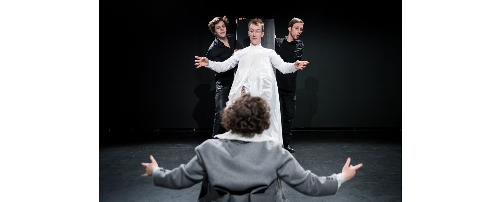 Dracula // Benedikt Grubel / Jan Paul Werge / Gesa Bering / Michael Kaiser // 2020 // Foto: Marc Doradzillo
