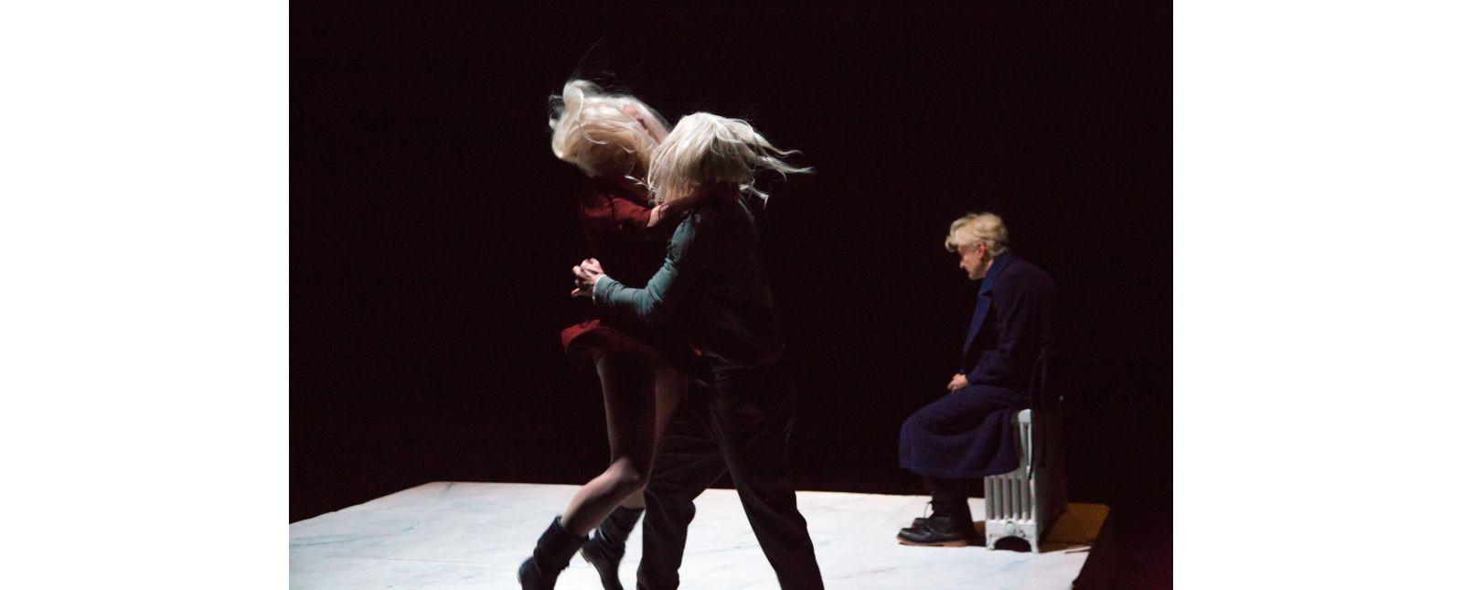 Totentanz // Marieke Kregel, Martin Hohner, Victor Calero // 2017 // Laura Nickel