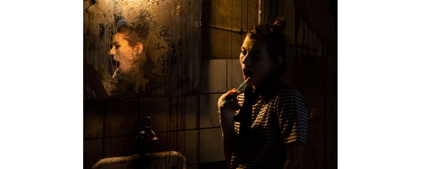 Factory // Stefanie Mrachacz // 2018 // Laura Nickel