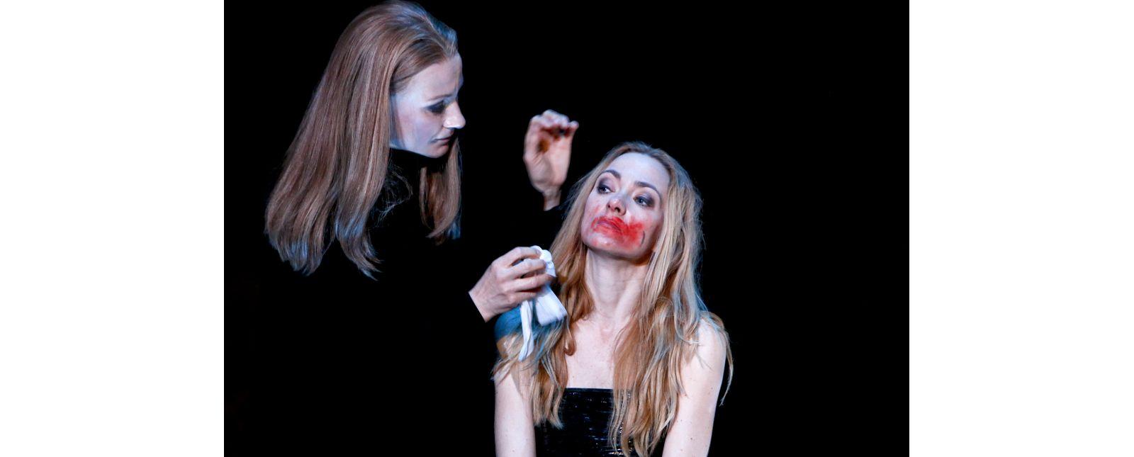 Der Widerspenstigen Zähmung // Alona Szostak / Aleksandra Cwen // 2020 // Birgit Hupfeld