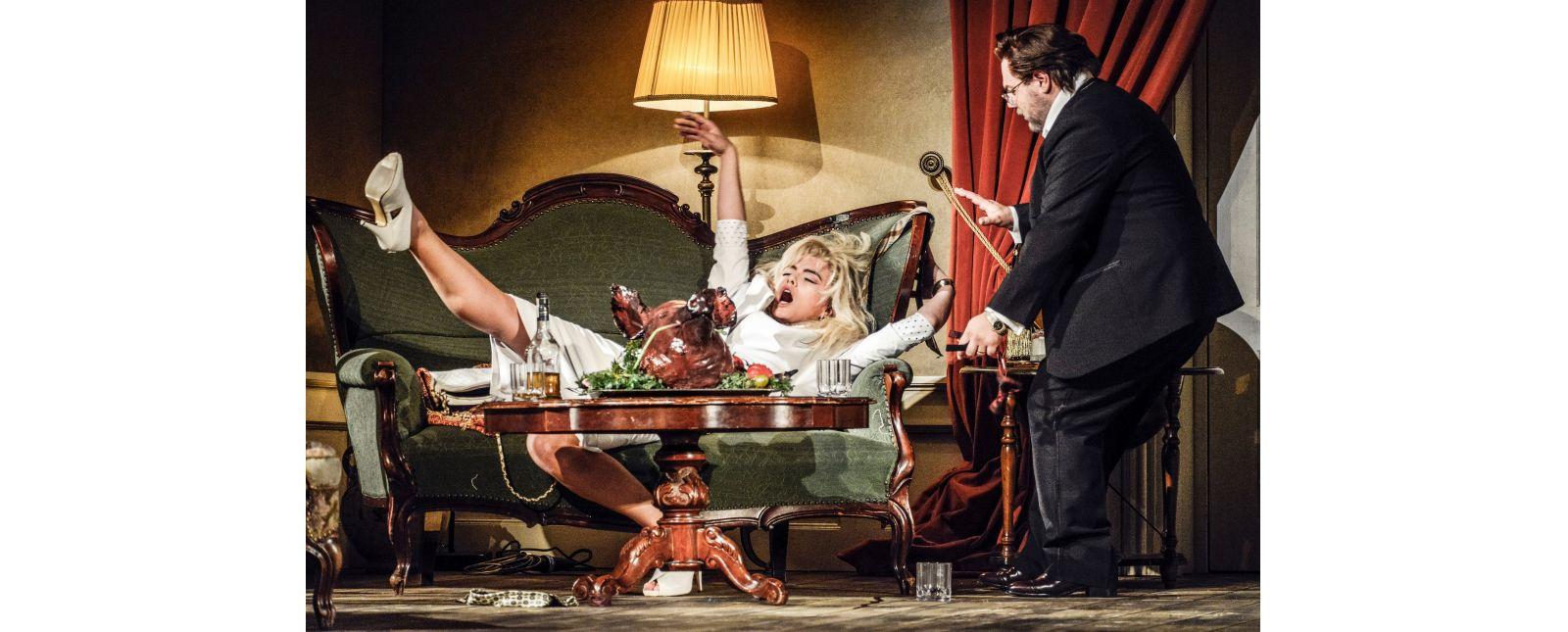 Die Fledermaus // Solen Mainguené // Roberto Gionfriddo // 2018 // Tanja Dorendorf // T+T Fotografie