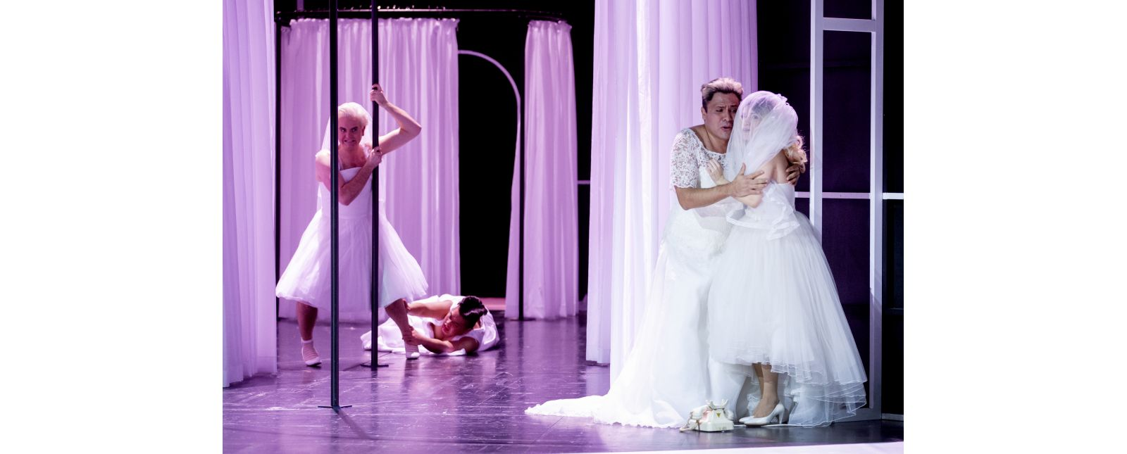Die Hochzeit des Figaro // Michael Borth / Junbum Lee / Juan Orozco / Katharina Ruckgaber // 2020 // Rainer Muranyi