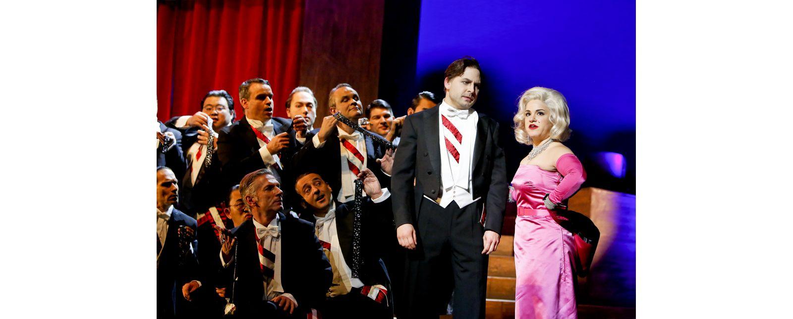 Love Life // Opernchor des Theater Freiburg, David Arnsperger, Rebecca Jo Loeb // 2017 // Birgit Hupfeld