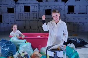 Theaterkinder: Polymeer - Eine apokalyptische Utopie
