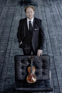 Sinfoniekonzert 7:  Daniel Hope & Sebastian Knauer | Komische Oper Berlin | Foto: Harald Hoffmann