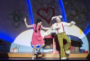 Schneewittchen und die 77 Zwerge | Komische Oper Berlin | Foto: Monika Rittershaus