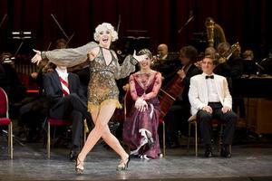 Märchen im Grand-Hotel | Komische Oper Berlin | Foto: Robert-Recker.de