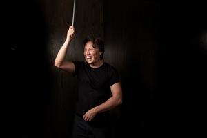 Sinfoniekonzert 5: Kristjan Järvi und Daniel Hope | Komische Oper Berlin | Foto: Large