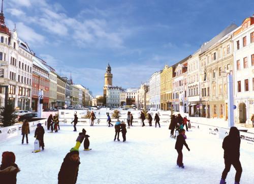 Romantisches Eislaufen auf dem Obermarkt / © GKSG