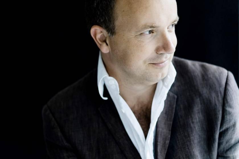 Dirigent Roland Kluttig | Marco Borggreve