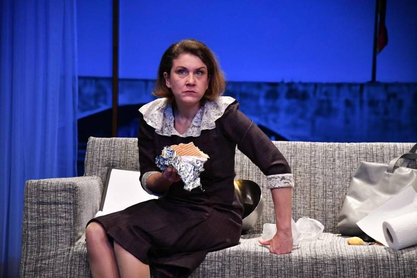 Sandra-Uma Schmitz als Trixi von Adler | Dorit Gätjen