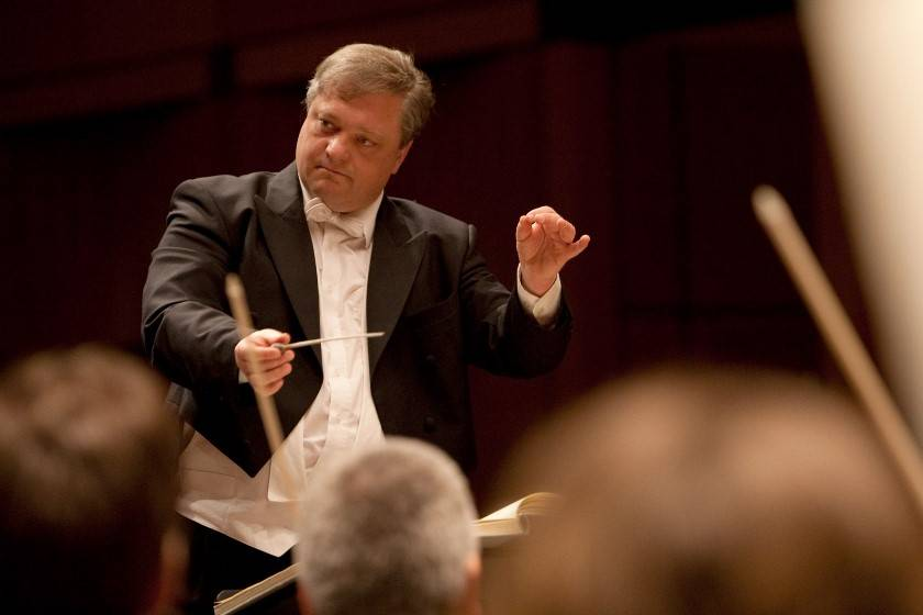 Dirigent Roman Brogli-Sacher | Holger Braack