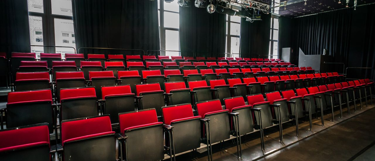 Theatersaal Theater KONTRASTE